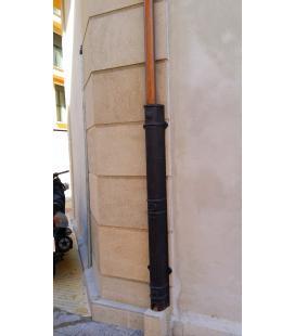 Guardacaños de fundición para proteger tuberías o bajantes
