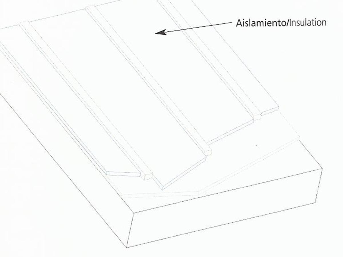 Aislamiento entre rastrel vertical.